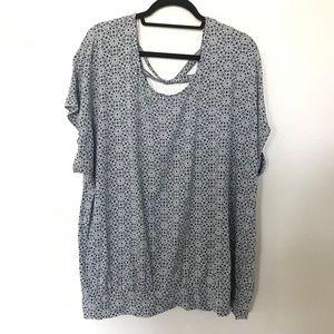Lane Bryant Banded Hem blouse; 22/24